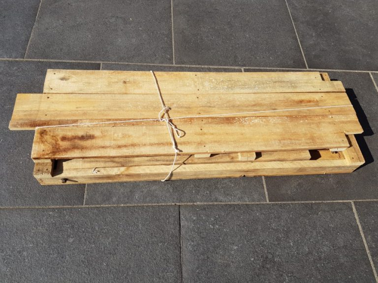 houten bijzettafel